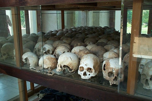 800px-Skulls_from_the_killing_fields