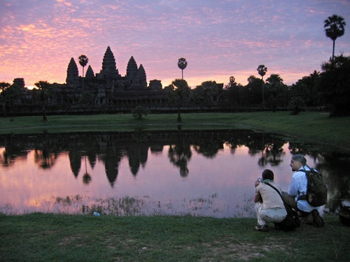TOURISTS AT ANKOR WAT