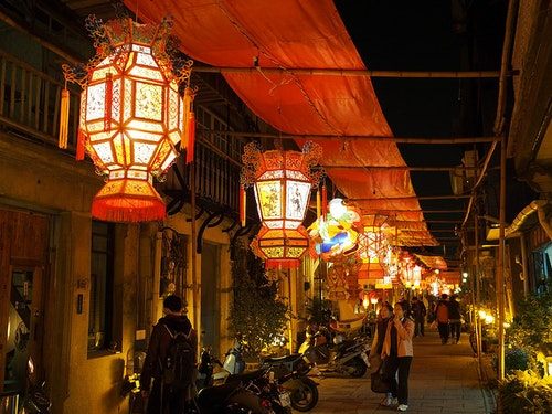 Shennong Street, Tainan. Photo Credit: 綠魚flickr@CC BY 2.0
