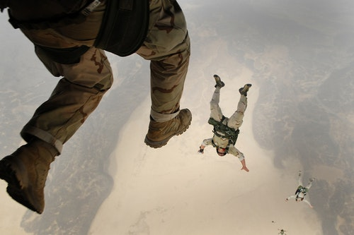 skydiving-658405_1280