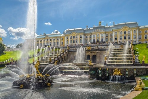 Grand_Cascade_in_Peterhof_01